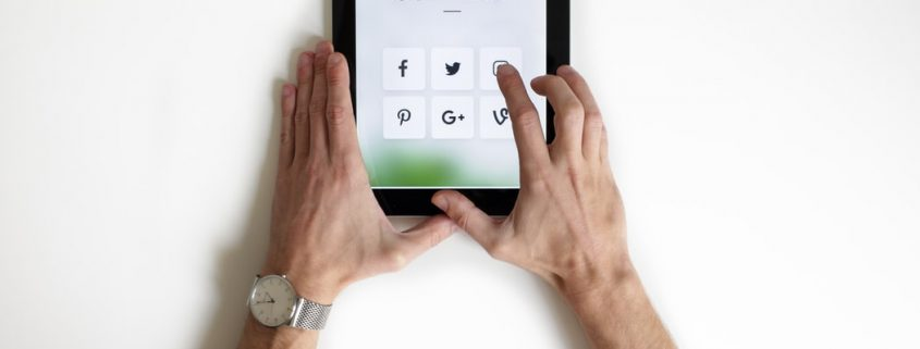 article cover social media